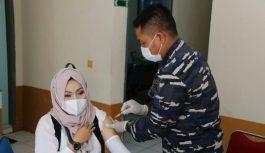 Target Vaksinasi 852 Orang di Lanal Palembang