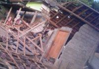 Angin Kencang Terjang Sepuluh Pemukiman Warga di Sumbawa